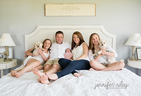 Newborn family photographer frederick