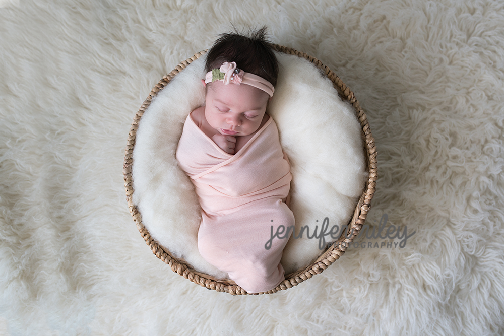 Newborn Photograper Jennifer Riley