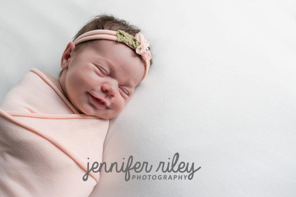 Newborn-Photographer-Frederick-MD