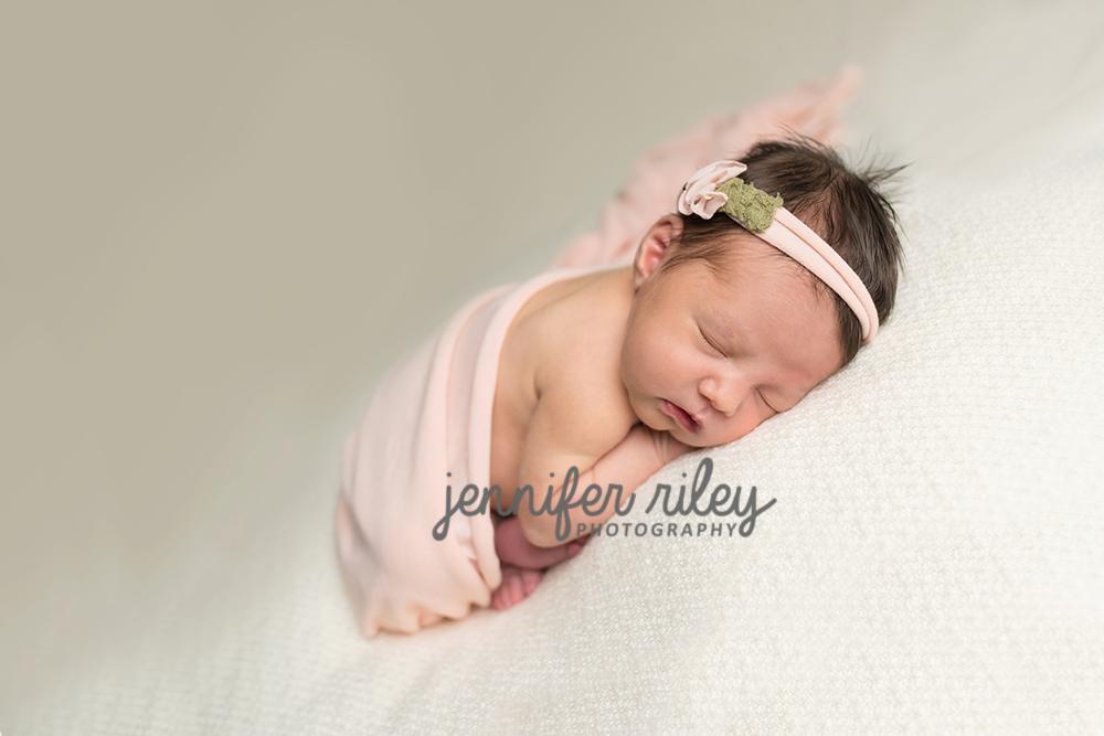 Sweet Caroline Newborn {Photographer Frederick MD} Jennifer Riley Photography